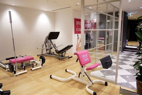 Spice Up Fitness Osaka store by Tomo Okabe