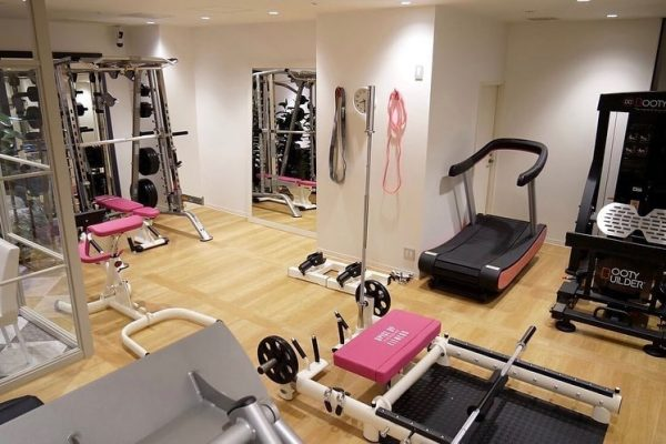 Spice Up Fitness Gym, Japan
